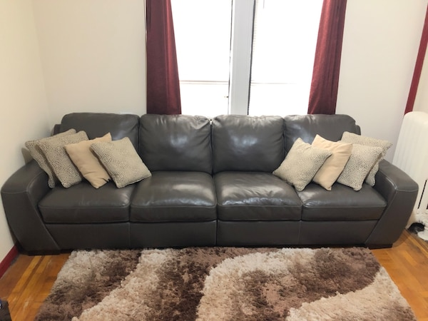 Raymour & Flanigan 4 seat Leather Couch