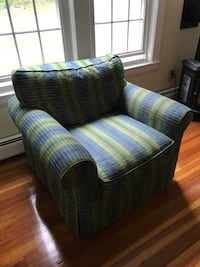 blue, red, and white plaid fabric sofa Littleton, 01460