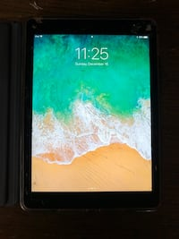 iPad Air 2 , 64gig with charger, has cracked screen
