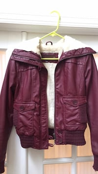 womens maroon faux leather jacket size M Macungie, 18062