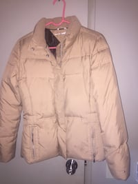 Medium women's tommy hilfilger winter jacket  Winnipeg