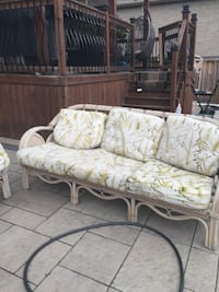 brown and beige floral 3-seat sofa Markham, L3R 1B9