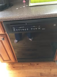 Black Ge microwave less than a yr old all others around 12yrs old Lockport, 60441