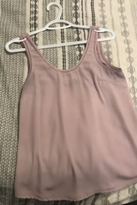 Sleeveless top size small Calgary, T2R 1M3