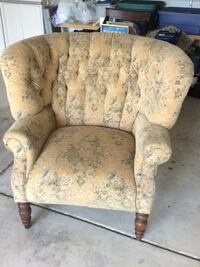 Oversized Chair Lockport, 60441