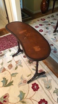 antique table Gaithersburg, 20882