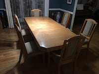 Kitchen table + 6 chairs La Prairie, J5R 5K1