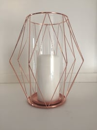 Rose gold hurricane with white pillar candle. Lorena, 76655