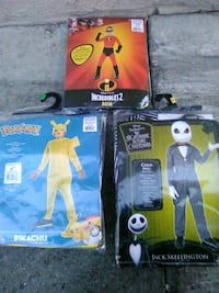two black and yellow plastic toys 2391 mi
