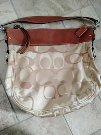 Authentic coach Palmdale, 93551