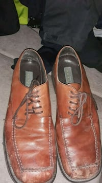 pair of brown leather dress shoes Prior Lake, 55372