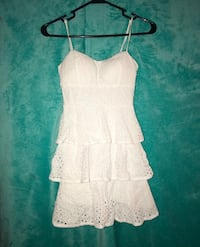 women's white spaghetti strap dress Gulfport, 39503