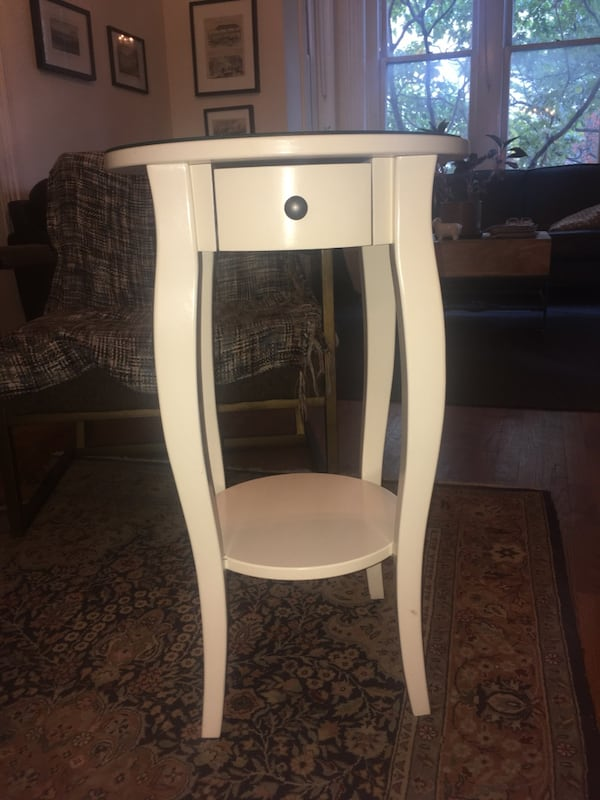 Adorable White Side Table with Small Drawer and Shelf d01211c4-17c0-40cf-862e-87d032f123ca