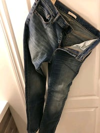 Abercrombie and Fitch mens jeans 33/32 Caledon, L7E 1W4