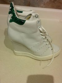 Limited Edition Stan Smith Womens Addidas Wedges Burlington, L7R 2G6
