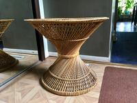 Wicker / rattan round table. Vintage. Berea, 44017