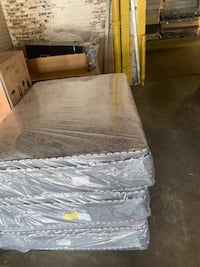 Mattress and box spring available all sizes and delivery  Skokie, 60076