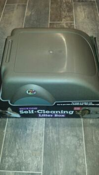 Omega Paw Self Cleaning Litter Box. Brand New Mount Prospect, 60056