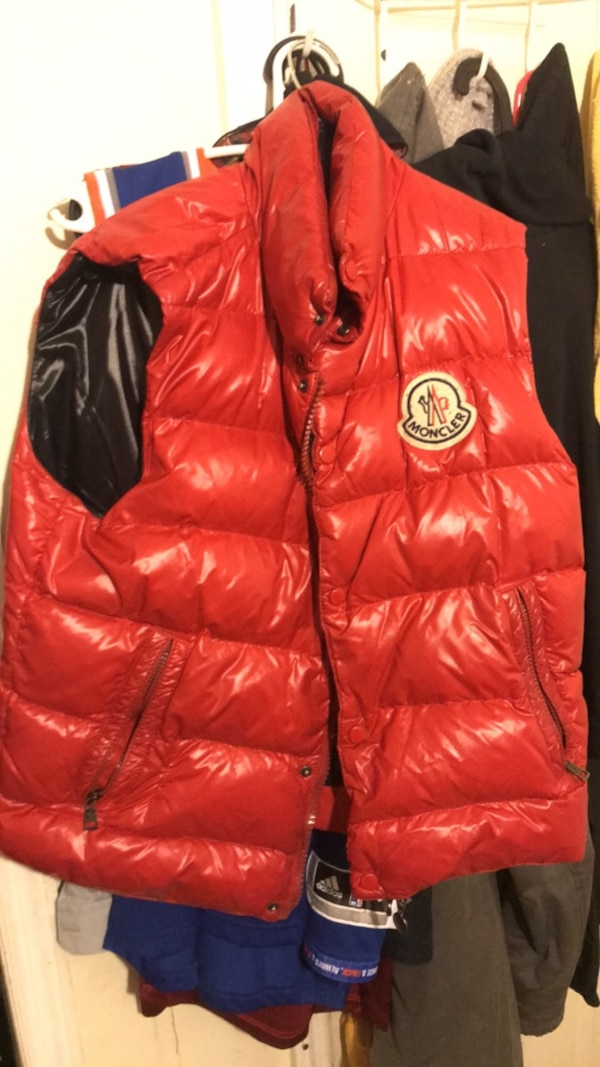 7d5eecd896d2 Used Moncler Bubble vest size small for sale in New York - letgo