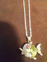 Peridot green fat fish .925 necklace Jonesborough, 37659