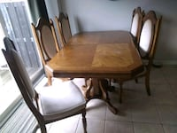 Vintage Dining Table Solid Oak 66.5x42 6 Chairs Whitchurch-Stouffville, L4A 0J5