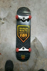 Shawn white skateboard  Ajax, L1T 4Y2