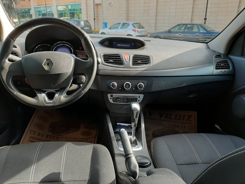 2014 Renault Fluence TOUCH 1.5 DCI EDC 110 BG 402ee31e-93a6-4f79-9fe9-a64f5d10aa65