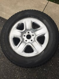 4 sat wintr tires rims and new tires size 225/65/17 Brampton, L6R 3M6