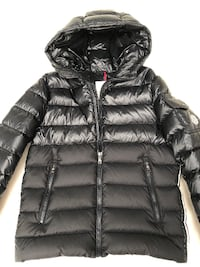 Details about  MONCLER BOYS NAVY HOODED JACKET 41328 BERENGER AGE 14 YEARS  LONDON