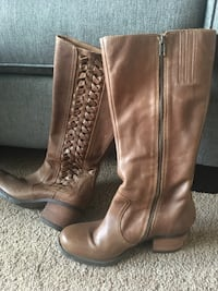 Women's Born Real Leather boots size 8 1/2 Anchorage, 99502