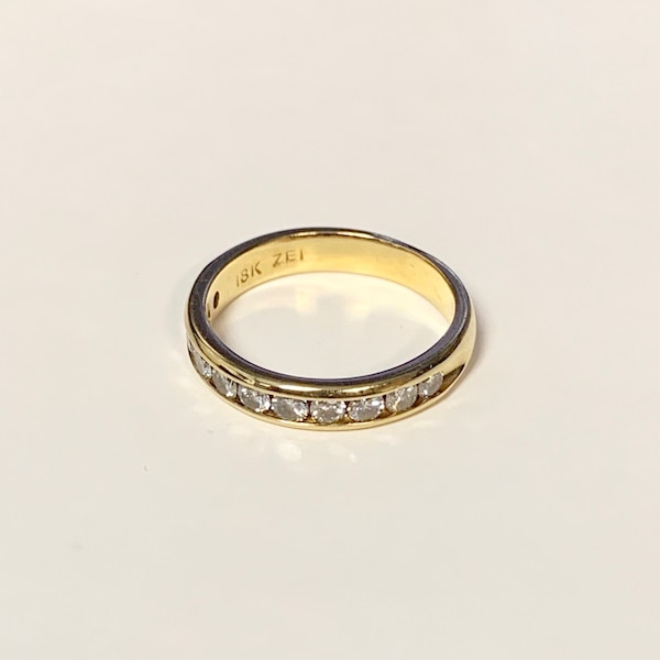 Genuine 18k Gold Diamond Wedding Band Ring 8f6f3590-4997-4ec6-a766-10cf4dc4dfa6