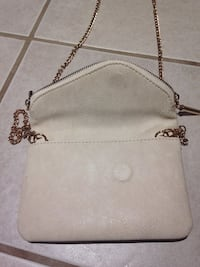Cream colored purse Washington, 20002