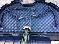 black and gray compound bow set in case Conroe, 77385