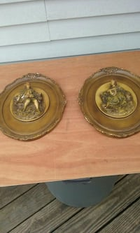 Vintage Chalkware Wall Plaques Winchester, 22602