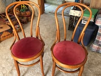parlor pine chairs two Perrysburg, 43551