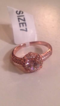 9.25 Rose gold plated ring size 7 (clear pink stone)