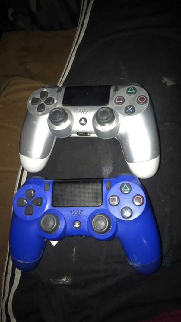 2 ps4 controllers for parts