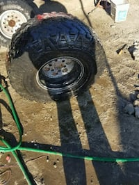 15 inch wheels with super swampers Salinas, 93907