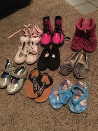 pair of toddler's shoes and sandals lot Pueblo, 81004