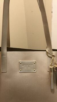 brown leather Michael Kors tote bag New York, 10454