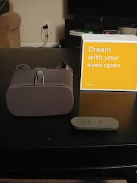 Google Daydream VR headset Madison, 35756