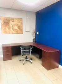 Desk with right return