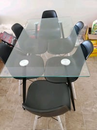 Dinner table glass 6 chairs
