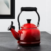Le Creuset Demi Tea Kettle in Cherry Red - Never Used Los Angeles
