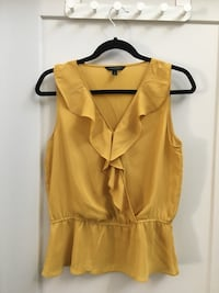 Banana Republic mustard yellow blouse size small Calgary, T2E 3W8