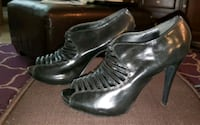 Beautiful Black Stilettos, size 8 Cincinnati, 45202