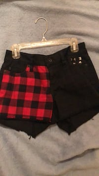 Love Sick low rise shorts size 0 Downey, 90241