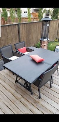 Patio set Airdrie, T4B 0K9