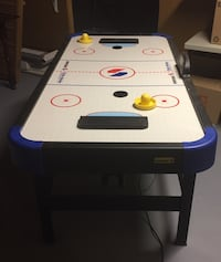 Small air hockey table Fairfax, 22032