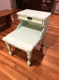 Vintage look end table or night stand